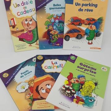 """[MARDI PÉDAGOGIE] - La collection """"Plaisir de lire"""" -  Une fois que les enfants sont entrés dans la lecture et ont découvert des sons complexes (tels que """"ou"""", """"an"""", oin""""...) et les différentes manières d'orthographier un même son (ex : /o/ = """"o"""", """"au"""", """"eau""""), ils sont prêts à lire des textes assez longs avec tout de même un peu d'aide !  Notre collection """"Plaisir de lire"""" est composée de 6 ouvrages dont le niveau de lecture est supérieur à celui des recueils de textes (pour les lecteurs débutants). Les titres correspondent à la dernière étape de la méthode, l'étape 3, et s'adressent aux enfants dès le CP.  Les textes sont écrits en gros caractères pour plus de lisibilité et de compréhension et des codes couleurs attirent l'attention de l'enfant sur les sons qui peuvent être complexes (le son """"an"""" écrit """"am"""" ou """"en"""" par exemple, le changement de prononciation de lettres telles que le -g ou le -c...). Les histoires mettent en scène Petit Malin et quelques personnages des Alphas, afin de plaire aux enfants ! Vous pouvez retrouver l'ensemble de la collection sur notre site www.editionsrecrealire.com.  #lesalphasofficiel #lesalphas #methode #lecture #recrealire #edition #pedagogie #apprentissage #texte #son #mots #comprehension #livre #lire #prononciation #orthographe"""