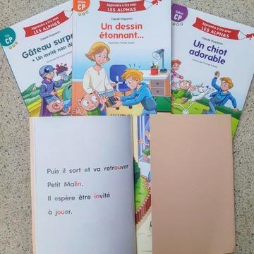 """[MARDI PÉDAGOGIE]  Vous avez déjà découvert notre nouvelle collection """"Apprendre à lire avec LES ALPHAS"""", ou vous souhaitez le faire ?  Un petit + pédagogique de notre collection est le rabat de couverture qui permet de faire réfléchir l'enfant.  Dans chaque ouvrage, le texte est placé à gauche. L'illustration est quant à elle sur la page de droite, et peut être cachée par un rabat qui vient presque recouvrir l'ensemble, afin que l'enfant puisse se concentrer sur le décodage du texte.  Après avoir lu une page, l'enfant peut ainsi vérifier en retirant le rabat, que l'illustration correspond bien à ce qu'il avait compris en lisant le texte !  #lesalphasofficiel #lesalphas #methode #lecture #recrealire #edition #pedagogie #apprentissage #livre #enfants #lire #CP #nouveaute #collection #nouveau #rabat #decodage #dechiffrer"""